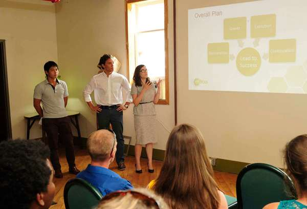 enFocus interns present to Bowman Creek project stakeholders